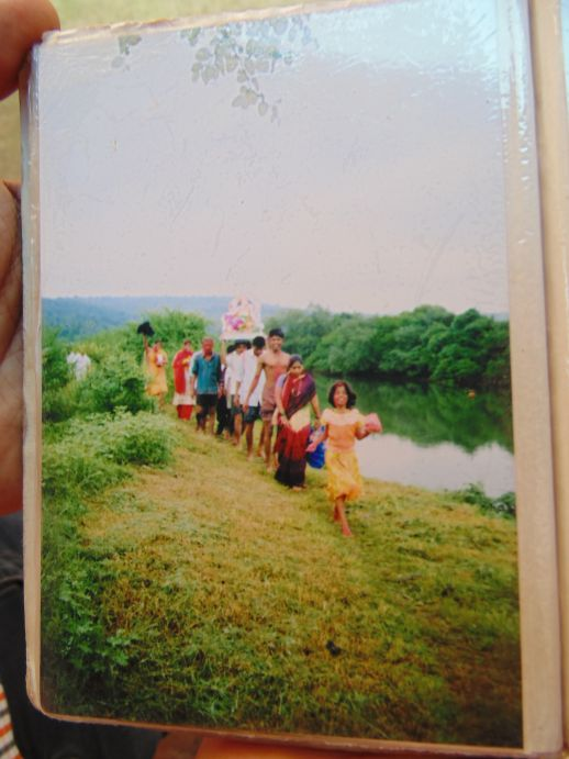 An old family photo of Ganpati celebrations in Kajarghati (Ratnagiri)