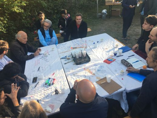 Yehuda Safran speaks about dream, utopia and the collective creation of a neighbourhood to participants and residents of Versoix, at the Delta V workshop in Geneva, October 2017.