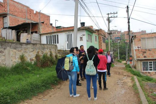 Urban walks in Cazuca organized for Proyecto Escape